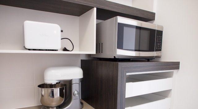Box Features Kitchen 15