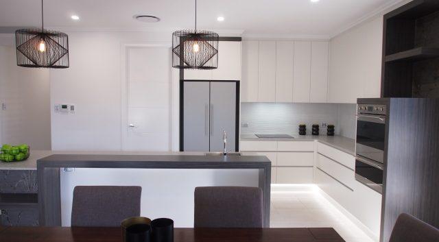 Box Features Kitchen 3