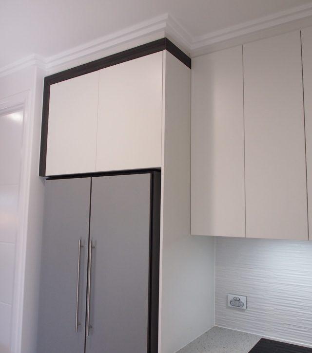 Box Features Kitchen 6