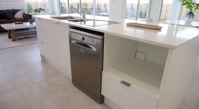 Classic White Kitchen 3