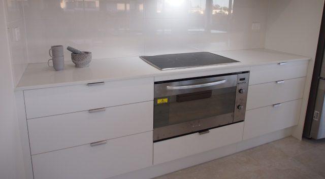 Classic White Kitchen 4