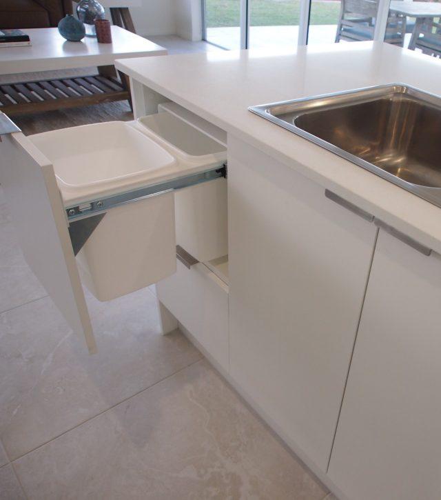 Classic White Kitchen 6