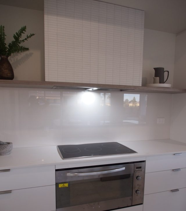 Classic White Kitchen 8