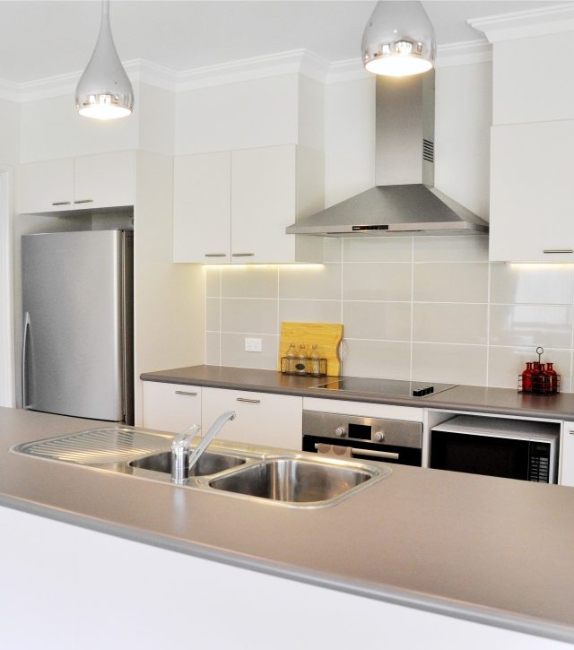 Simply Functional Kitchen 2