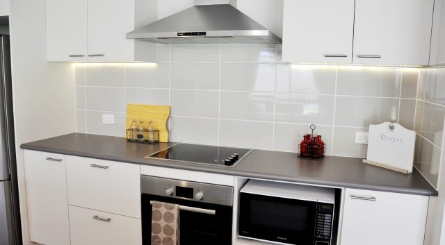 Simply Functional Kitchen 4