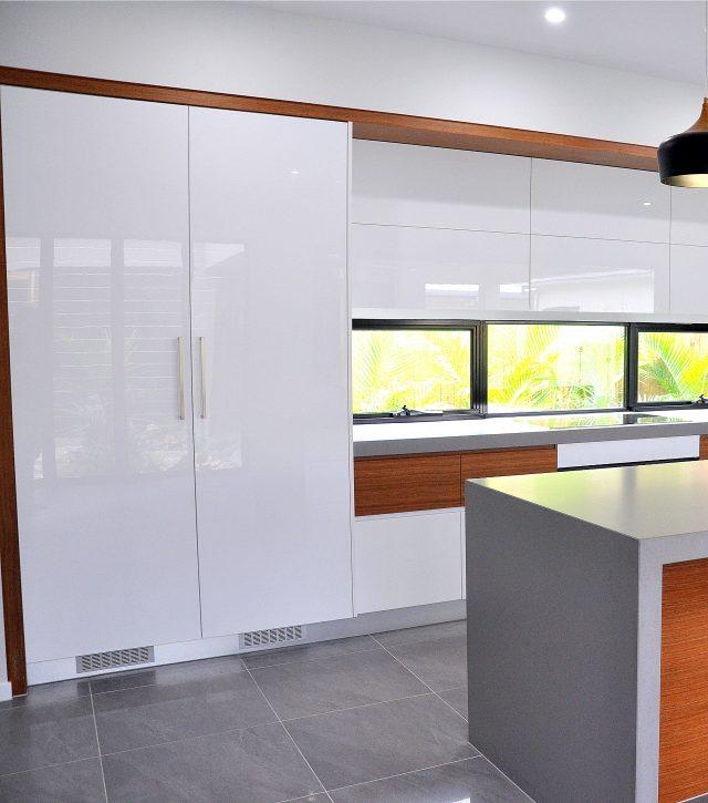 Timber Dixon Kitchen 13