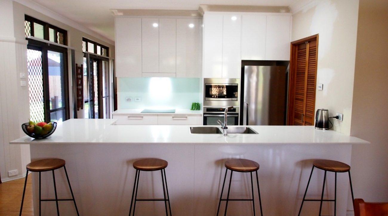 Seating Four Kitchen 2