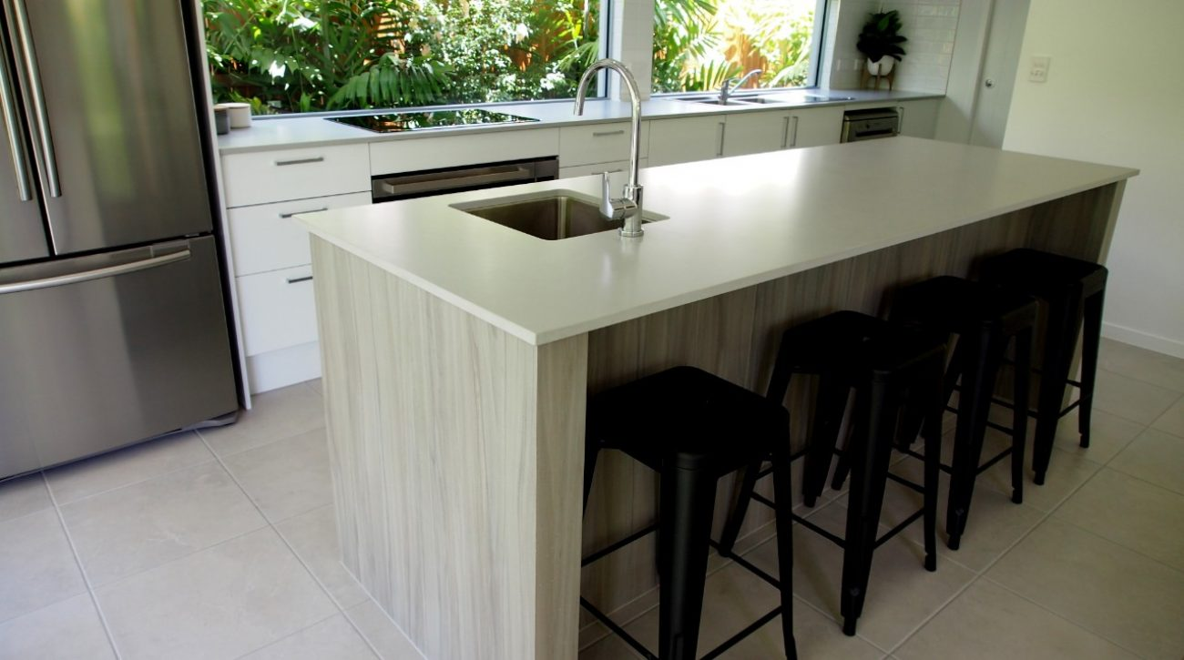 Shiny Pendants Kitchen 2