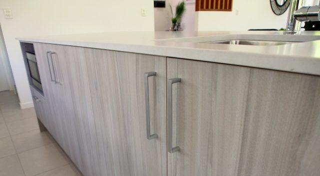 Shiny Pendants Kitchen 8