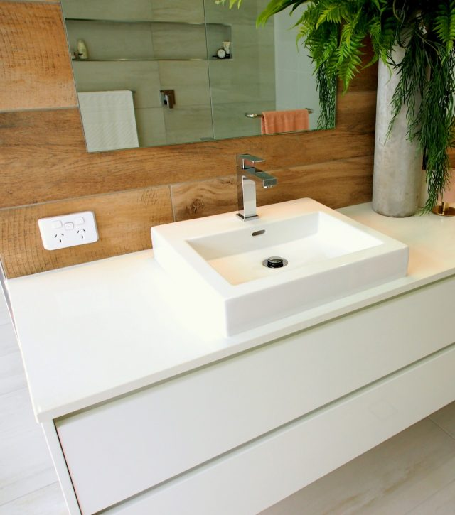 Timber Feature Vanity 3