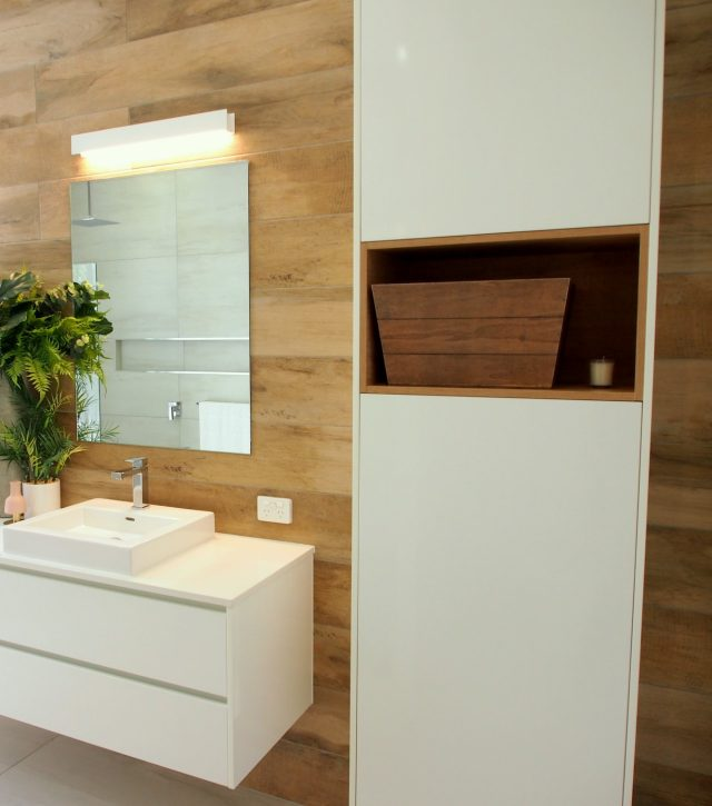 Timber Feature Vanity 5