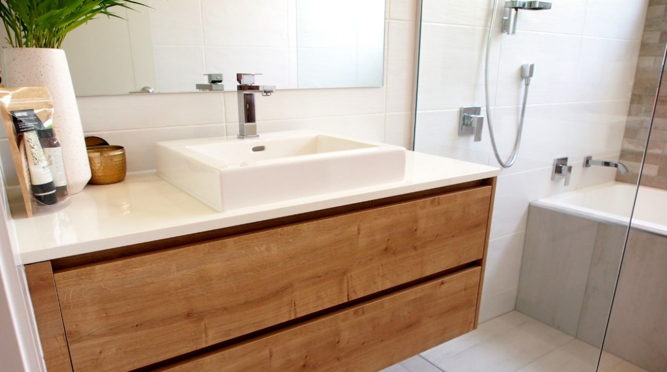 Timber Feature Vanity 8