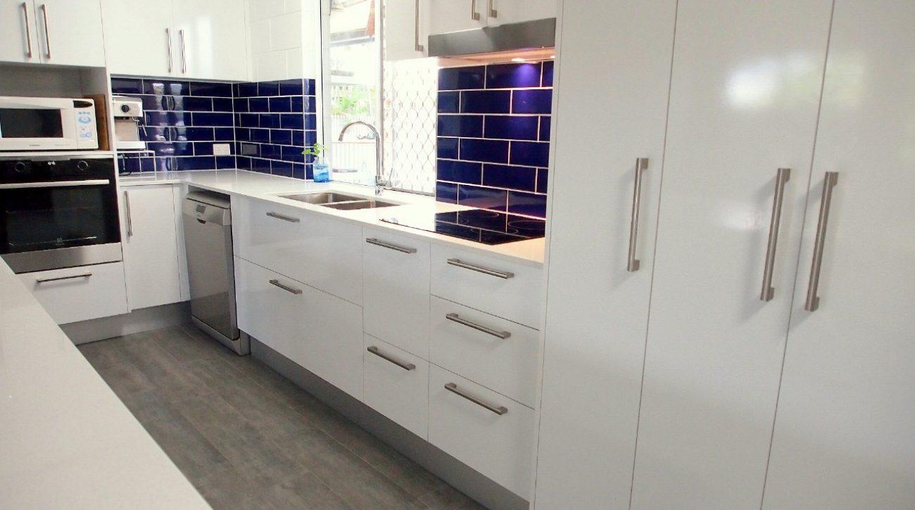 Royal Blue Kitchen 4
