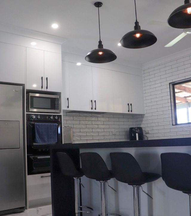 Subway Tiles Kitchen 5