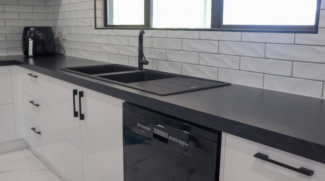 Subway Tiles Kitchen 8