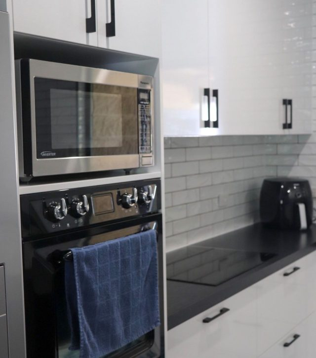 Subway Tiles Kitchen 9
