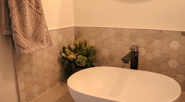 A Stylish Powder Room 3