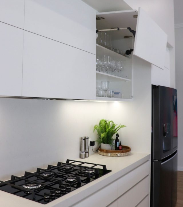 High End Living Kitchen 5