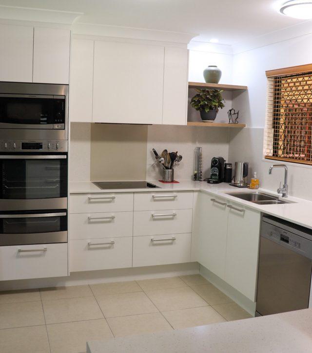 Seamless Stone Kitchen 2